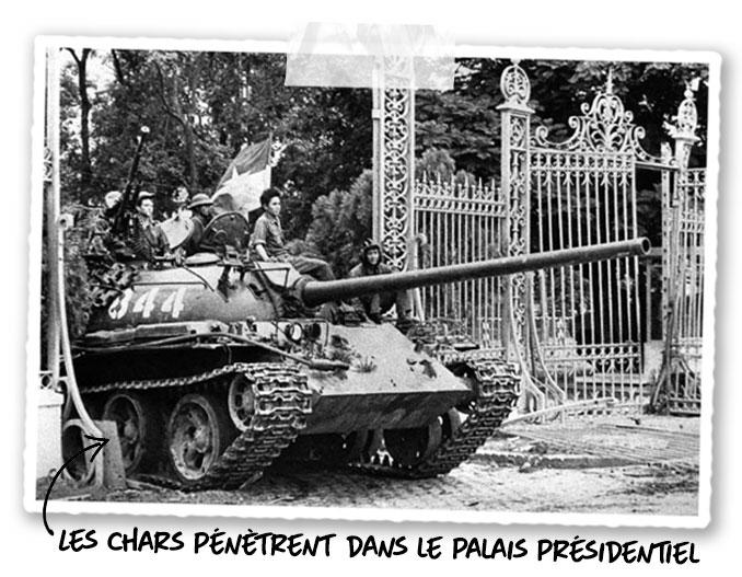 Les chars pénètrent dans le palais présidentiel de Saïgon le 30 Avril 1975
