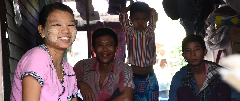 L'utilisation du Thanaka en Birmanie