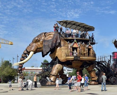 La marche des éléphants à Nantes