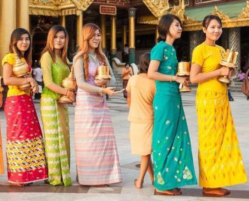 Porter le Longyi en Birmanie