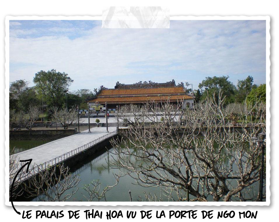 Le palais de Thai Hoa dans la cité impériale de Hué
