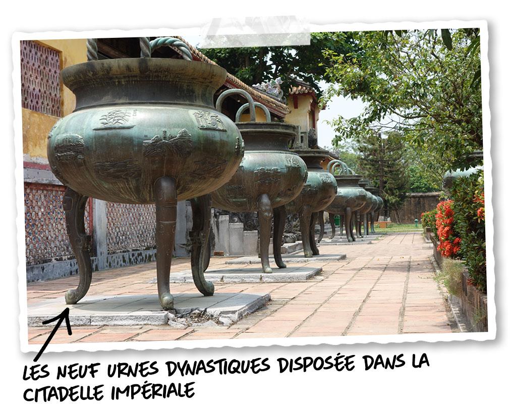 Les neuf urnes dynastiques dans la cité impériale de Hué
